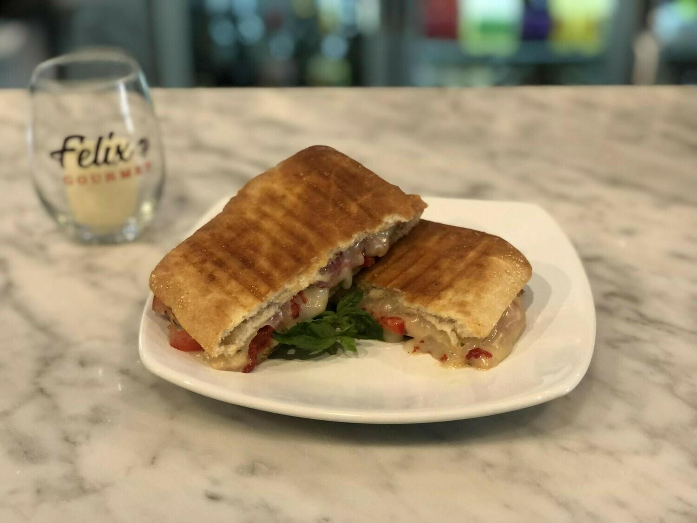 Panini sandwich - chicken w/ side