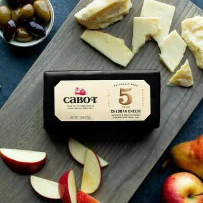 Cabot 5 Yr Cheddar 16 oz