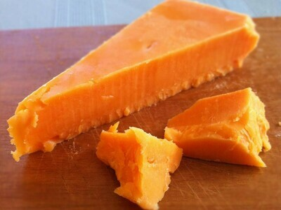 Amber Valley Red Leicester Cheese 8 oz
