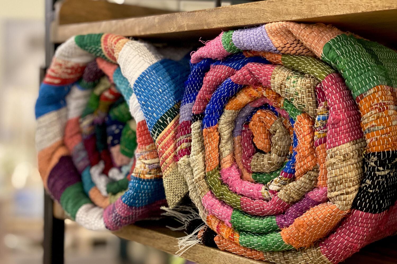 Cotton Throw - 1408 - HEM