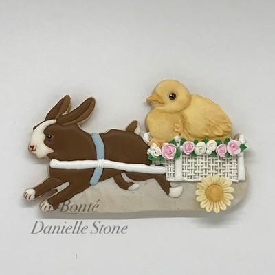 Easter Parade Bunny Basket 01