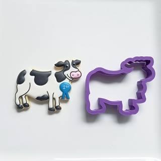"Cow 06 (3.75"")"