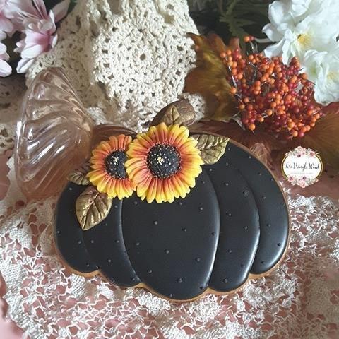 Teri Pumpkin 02