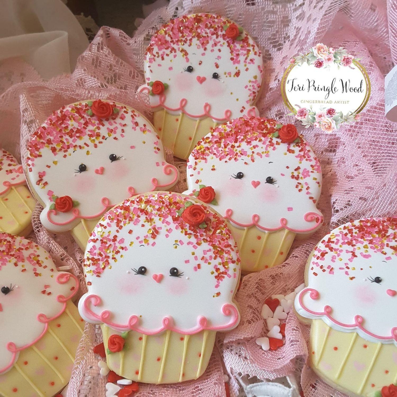 "Cupcake 03 3.75"""