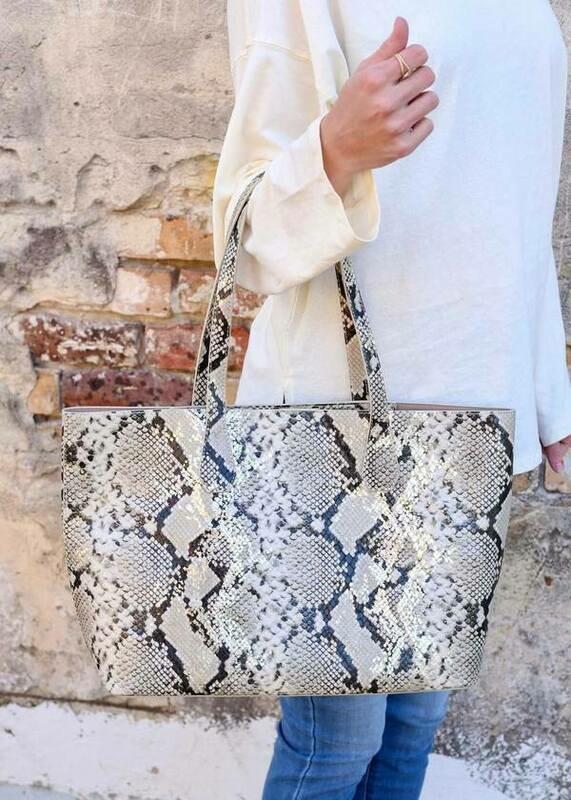Cassie Shoulder Tote Bag