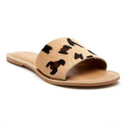 Beach Cabana Leopard Sandal
