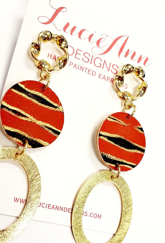 Oval- Red/Black Tiger