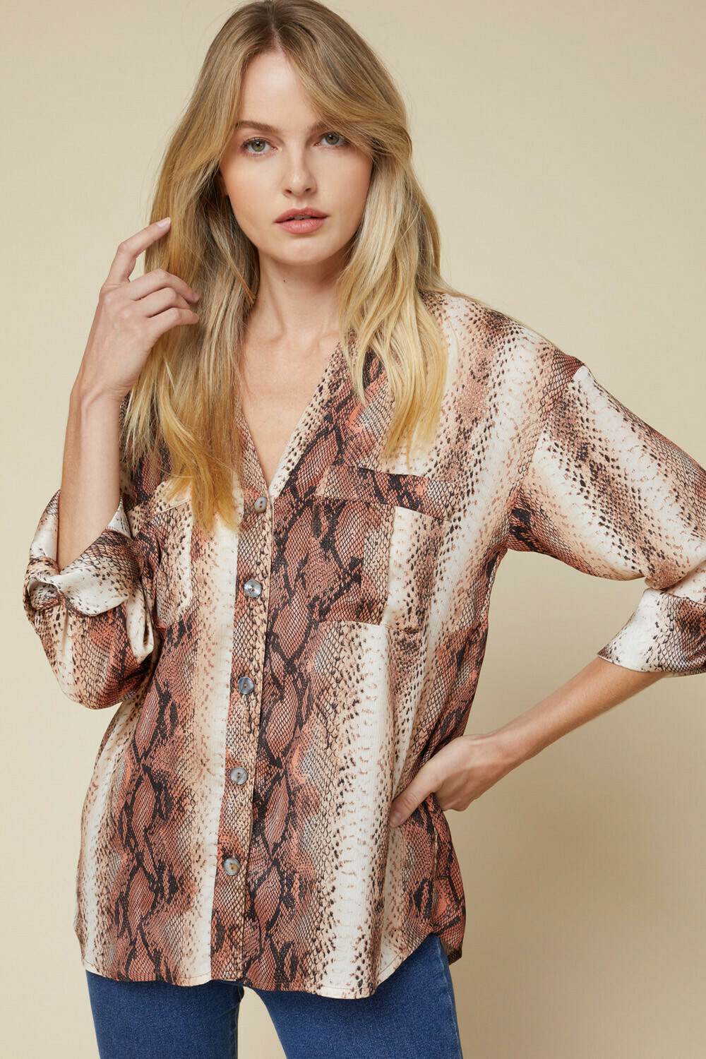 Natural Attraction Top