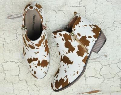 Kenzie Bootie- Suede Cow