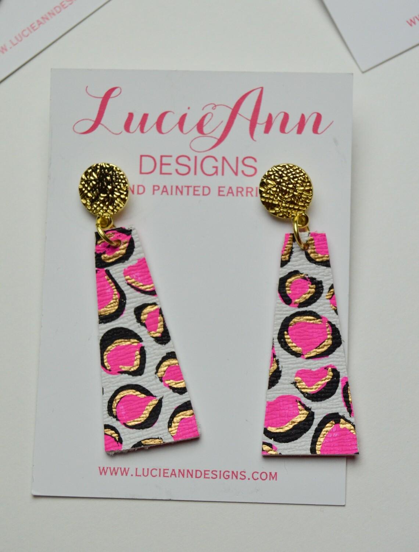 Petite Drop Triangle- Hot Pink Leopard