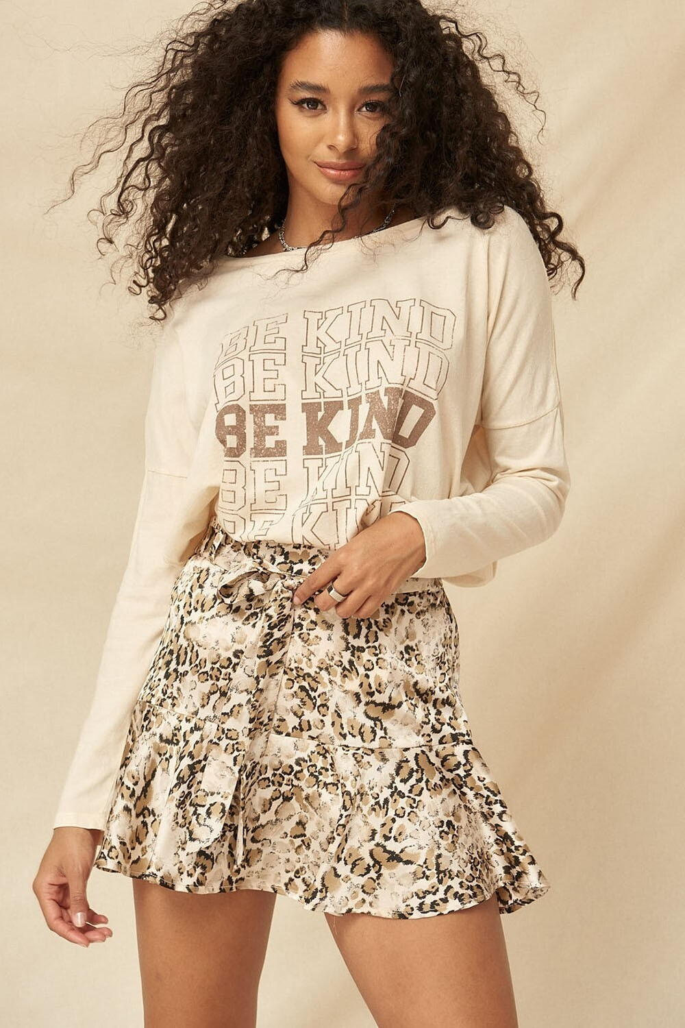 Be Kind Taupe T-shirt