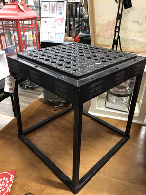 sm metal black table