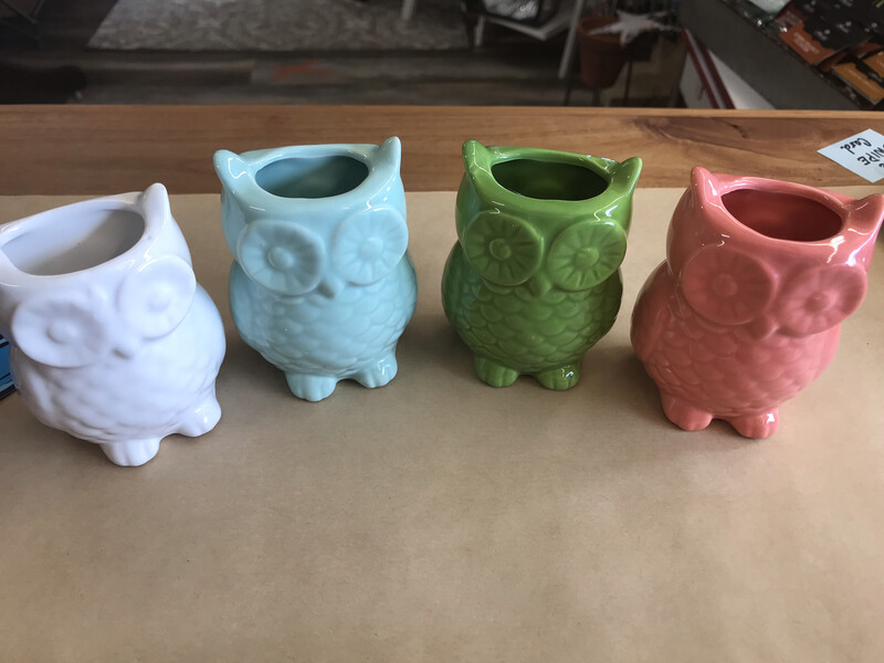 Magnetic Owl Vase