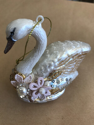 Glass Swan Ornament