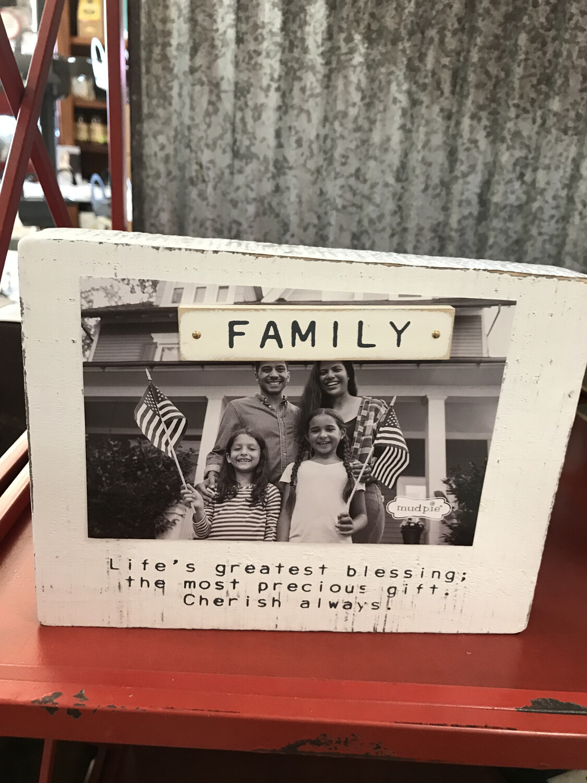 Family Magnet Block Frame