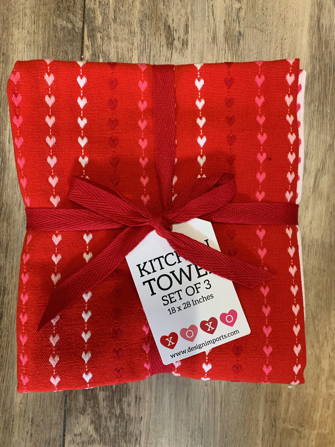 Red Hearts Towel Set