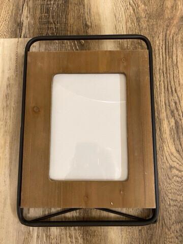 5 x 7 Iron & Wood Frame