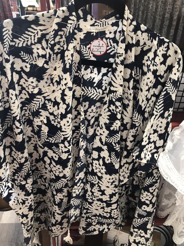 Classy Print Kimono