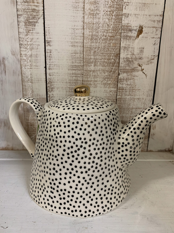 32oz Stoneware Dots Teapot