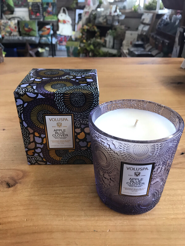 Apple Blue Clover 9oz Candle