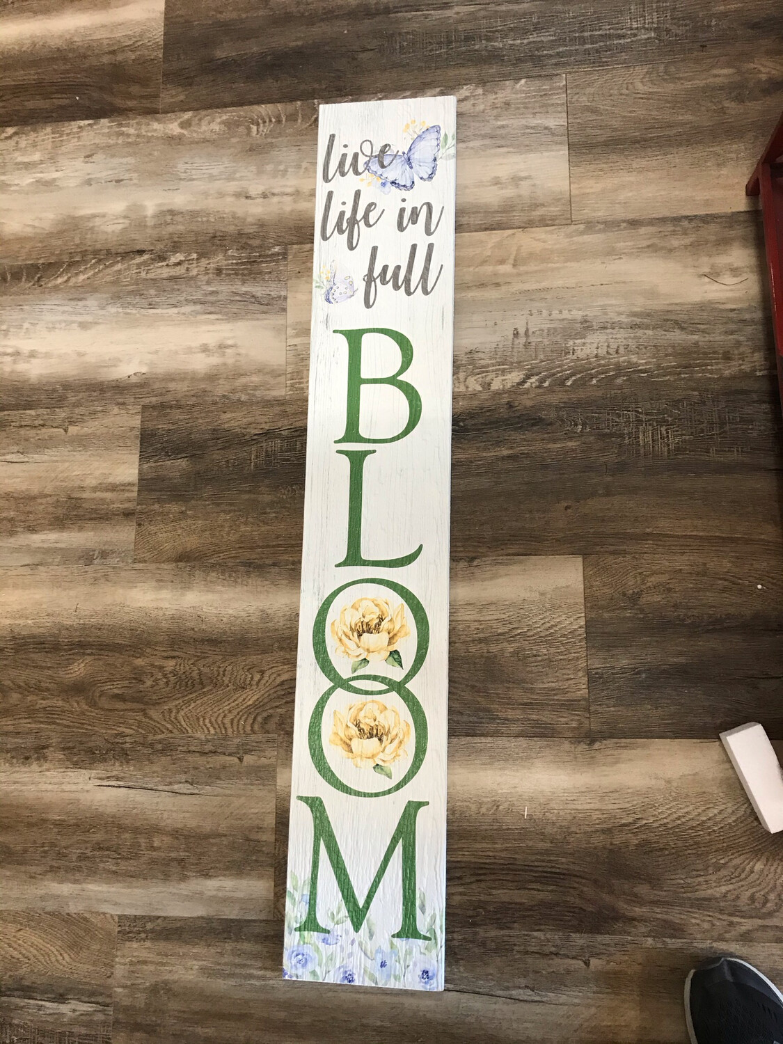 Porch Board - Full Bloom