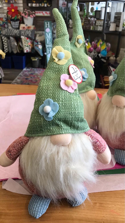 Floral Hat Gnome