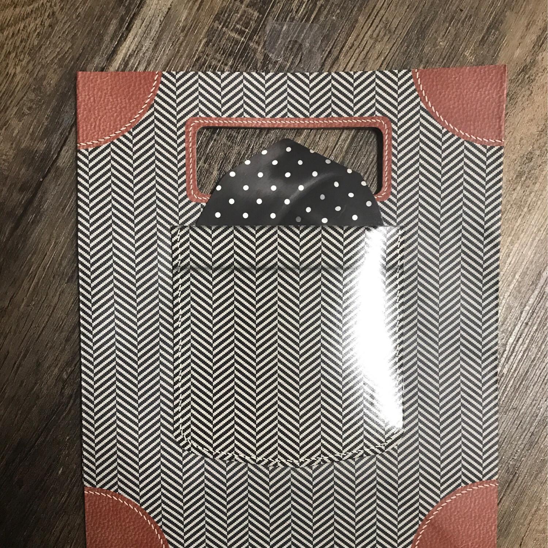 gift bag $4.95