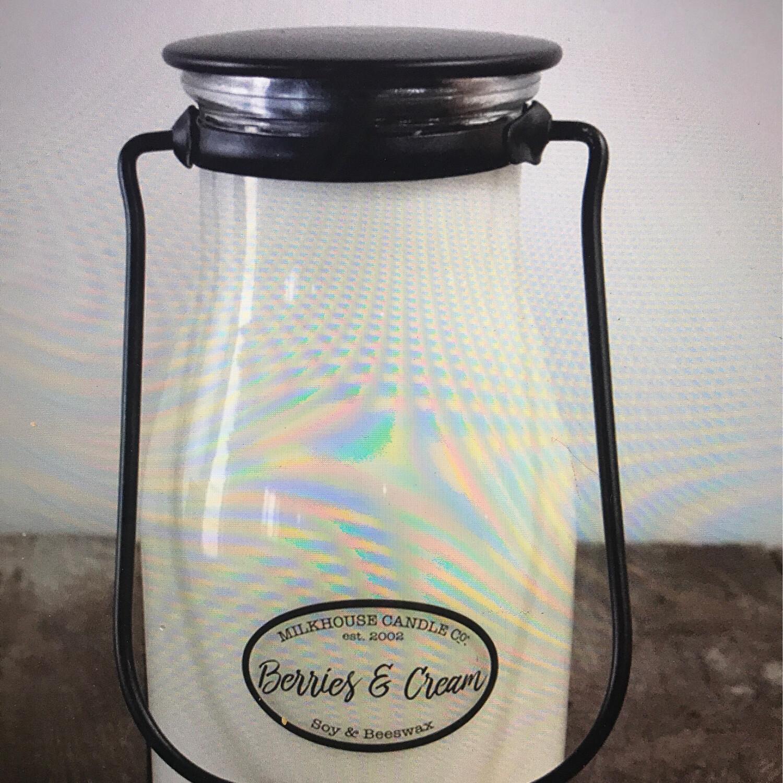 Berries & Cream Pint Jar