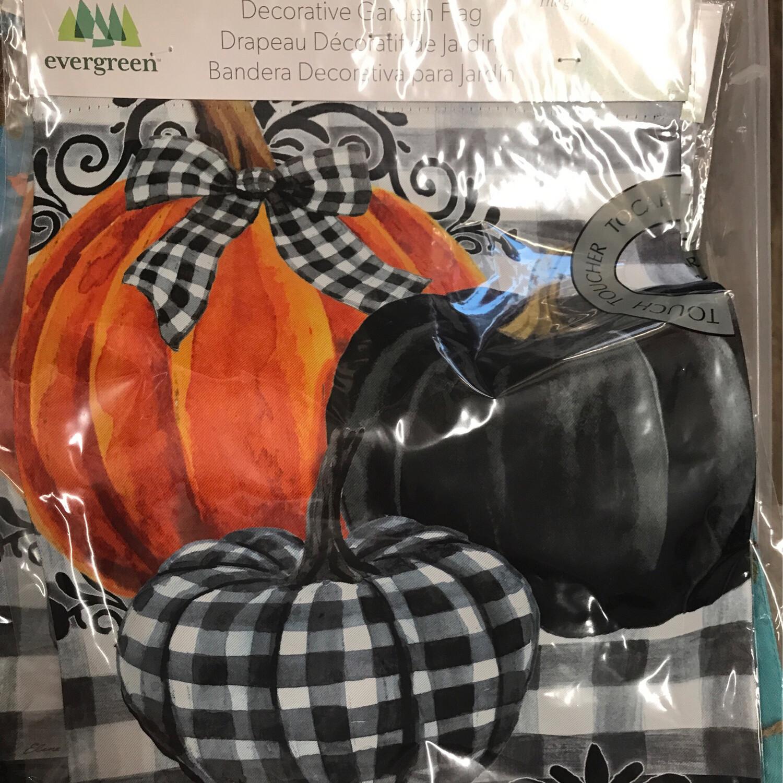 Pumpkin Check Gourd Flag