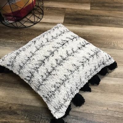 "18"" Cotton Soft Pillow"