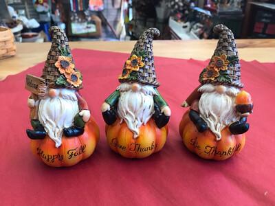 SM Resin Pumpkin Gnome