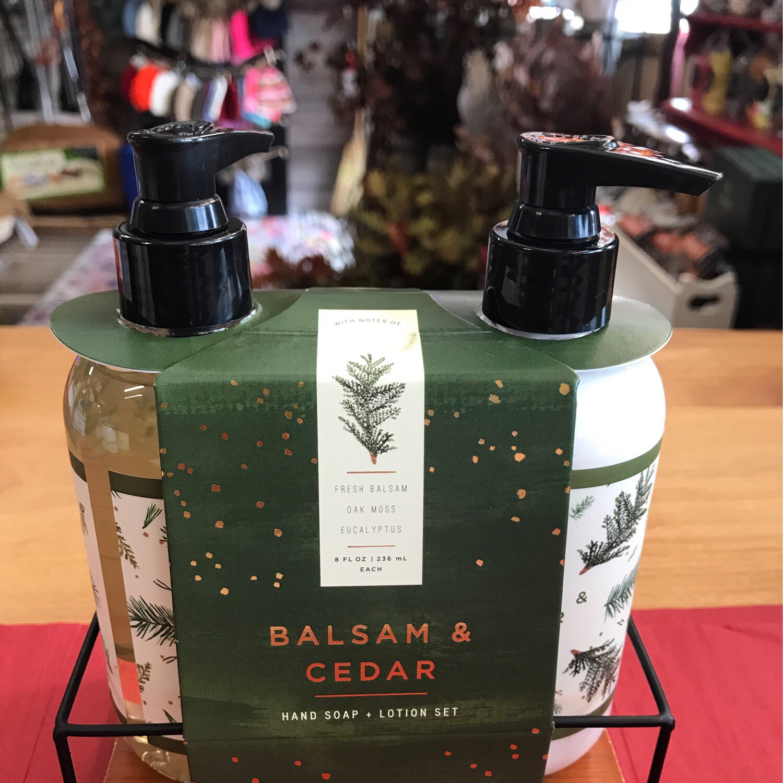 Balsam & Cedar Kitchen Set