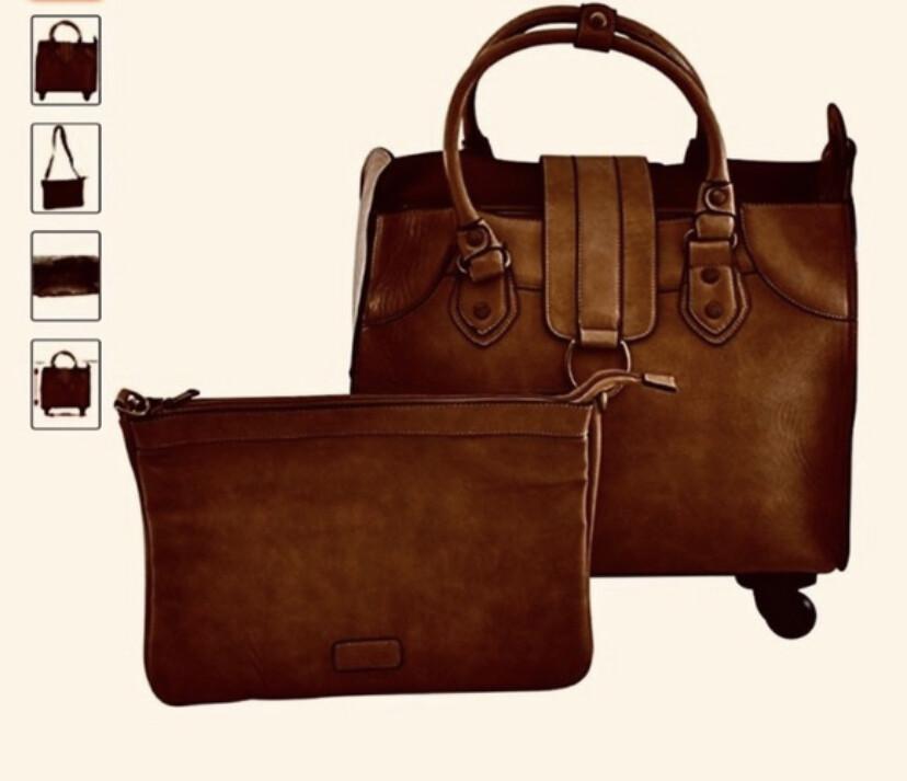 Simply Noelle Saddle Roller Bag