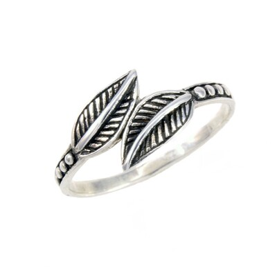 RW2037 Sterling Silver Dueling Leaves Ring