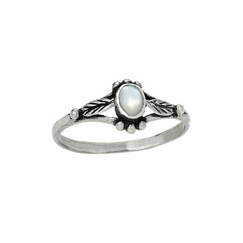 Sterling Silver Mother of Pearl Leaf Ring -RTM2972