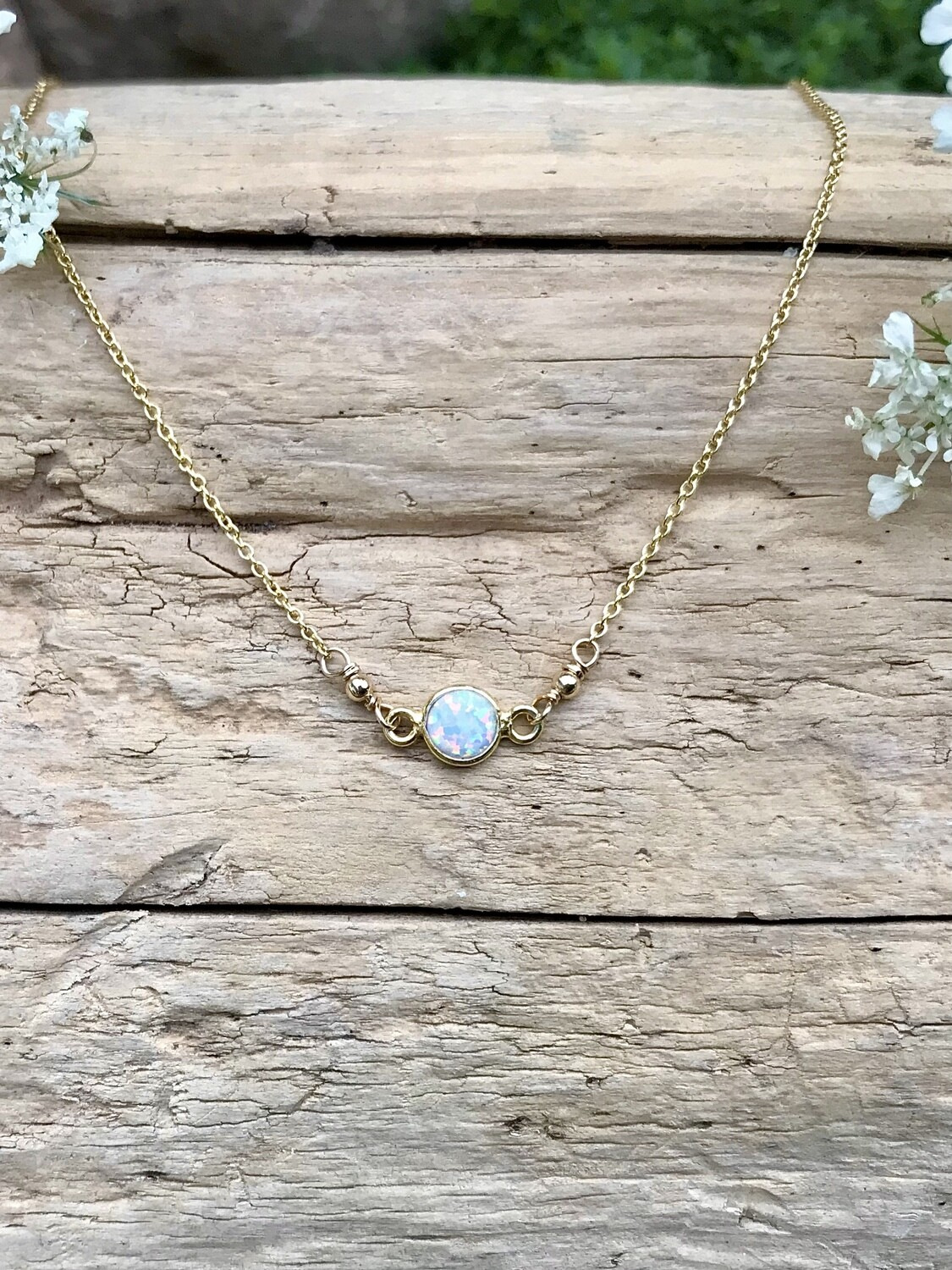 Opalescent Aphrodite Round Necklace - GDFDLKN8
