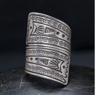 Sterling Silver Hilltribe Wrap Around Band - RB27