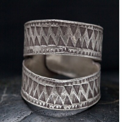 Sterling Silver Open Band Hilltribe Ring - RB28
