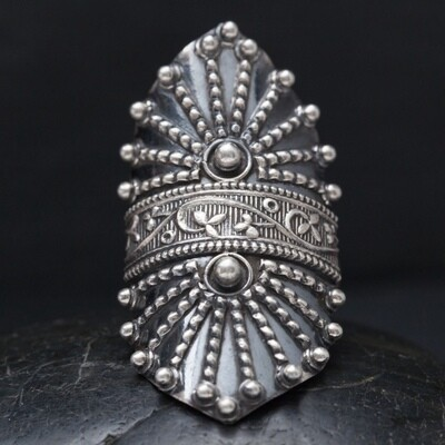 Sterling Silver Studded Shield Ring - RB29