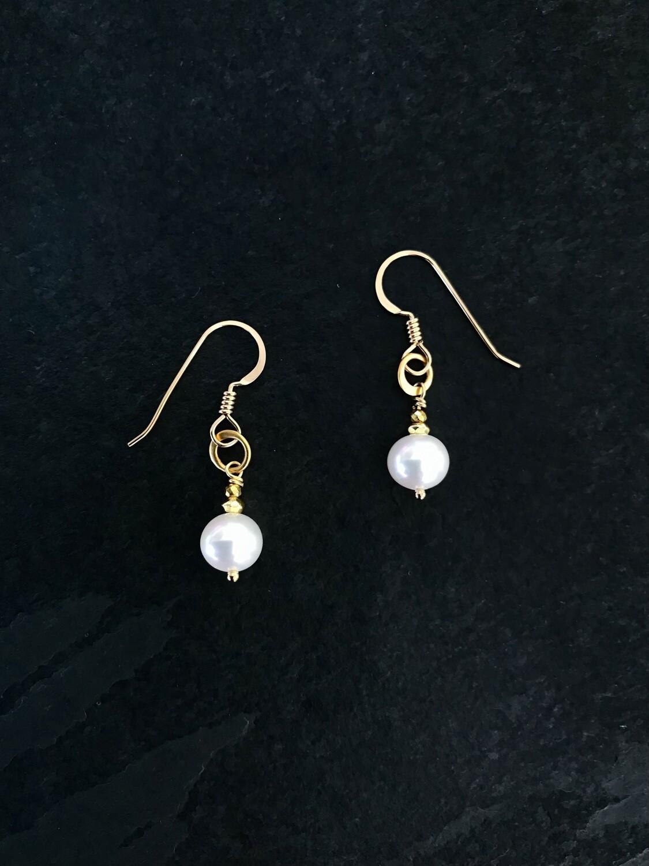 Venus Round Pearl & Circle Earrings - GDFDE1