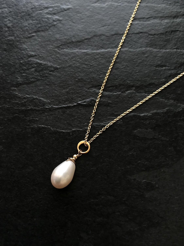 Venus Teardrop Pearl & Circle Necklace - GDFDN2