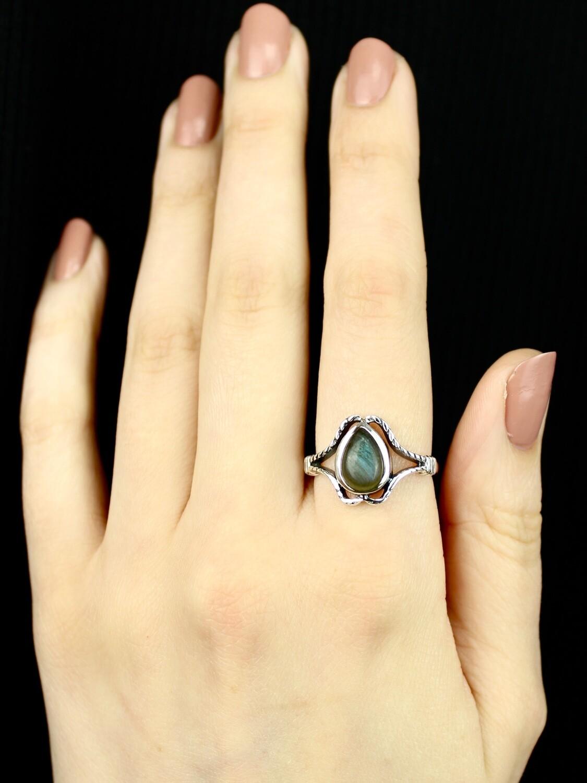 SIZE 9 - Sterling Silver Labradorite Ring - RIG9115