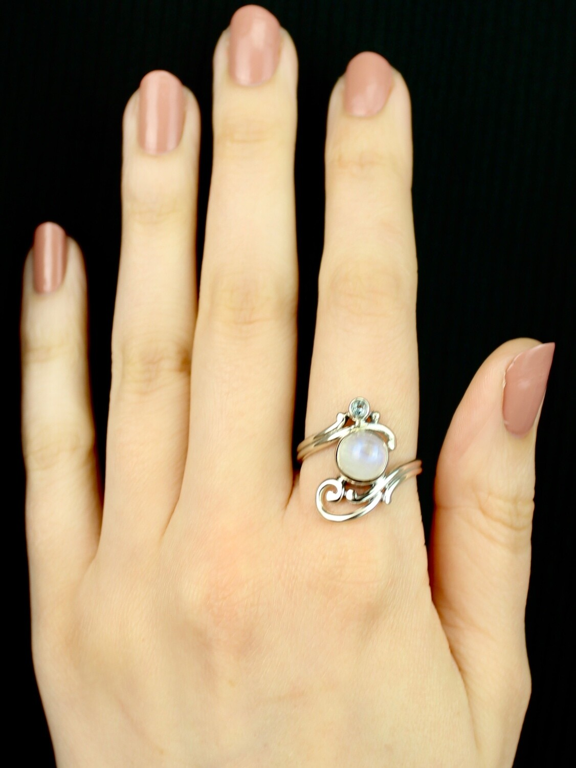 SIZE 9 - Sterling Silver Moonstone & Blue Topaz Ring - RIG9117