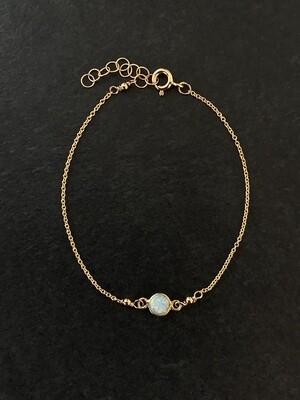 Opalescent Gold-Filled Circle Bracelet - GDFDLKB8