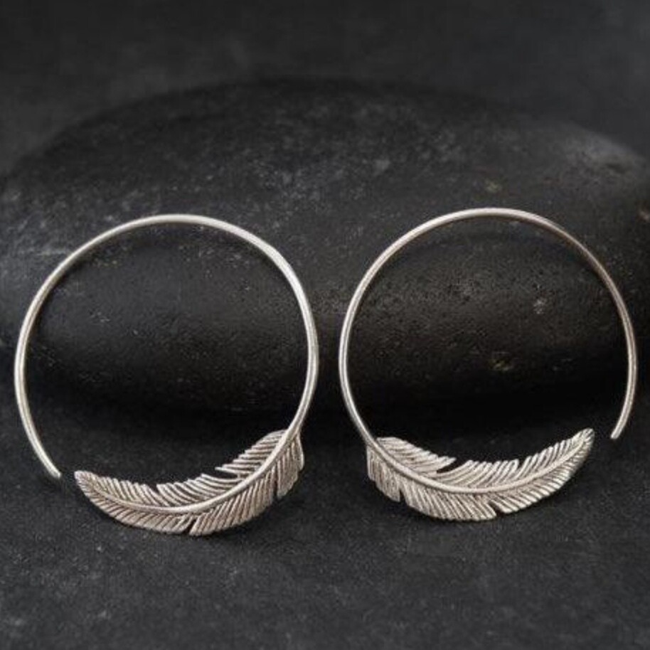 Tula Feather Hoops in Sterling Silver - IBE96