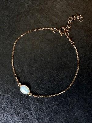 Opalescent Gold-Filled Oval Bracelet - GDFDLKB9