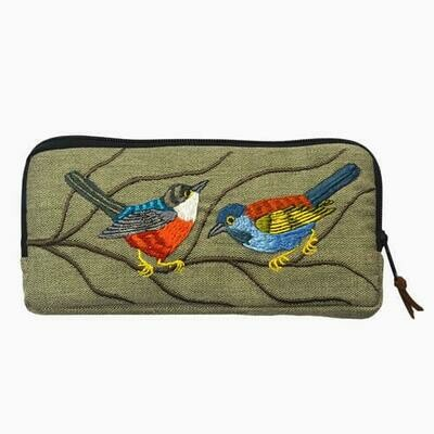AI230 Embroidered Olive Bird Cosmatic Pouch - Altiplano
