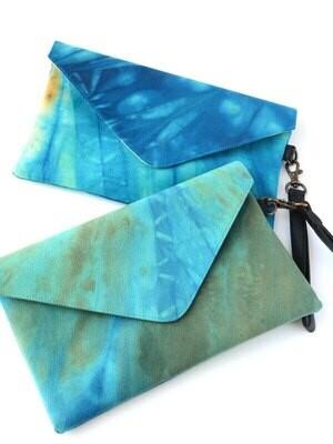 FA Ocean Waves Tie-Dye Clutch - FT