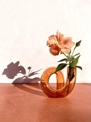 PRE ORDER - Gloria Speaking - Squiggle Vase