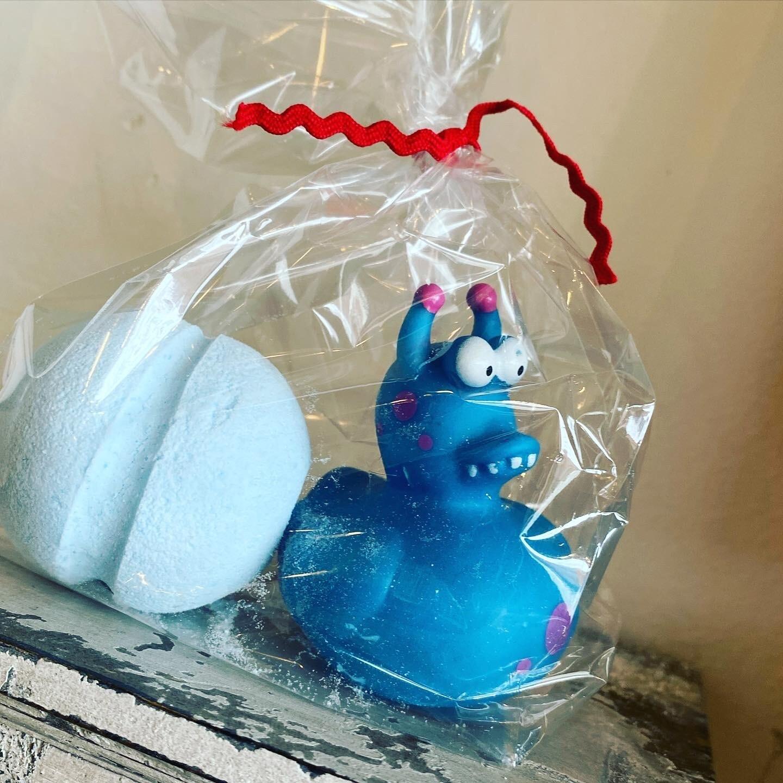Lavender Bath Bomb & Monster Ducky